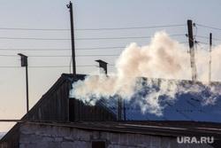 Поселок Новоянгелька. (Агаповский район). Челябинская область, деревенская жизнь, дым из трубы, печное отопление