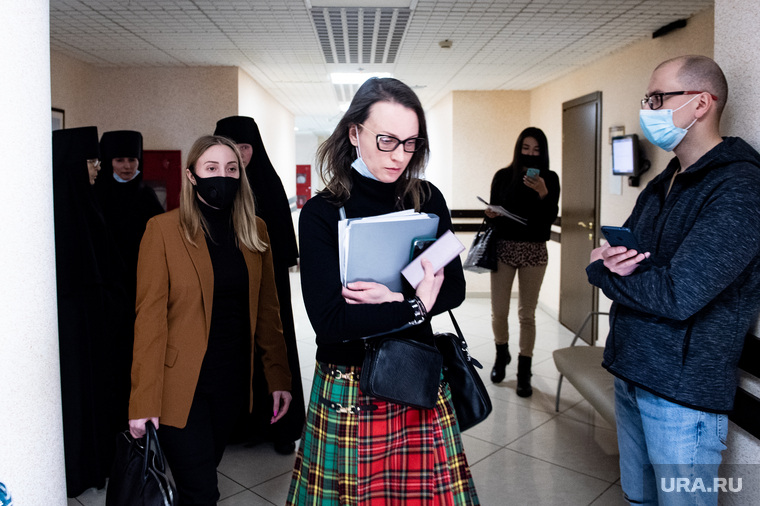 Заседание по делу об имуществе обители Среднеуральского женского монастыря в Арбитражном суде Свердловской области. Екатеринбург
