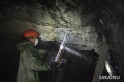 Березовское золотоносное месторождение. Березовский , добыча руды, горняки, день шахтера, шахтер, березовский золотоносный рудник, шахта
