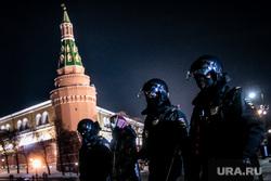 Несогласованная акция протеста после объявления приговора оппозиционеру-блогеру. Москва, полиция, протест, манежная площадь, омон, москва, несогласованная акция