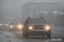 Зима. Москва, снег, машина, машины, зима, метель, пурга, трафик, садовое кольцо, ураган, дорога, вьюга