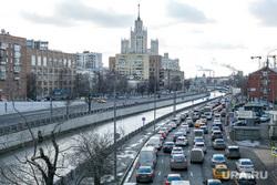 Пробки в городе. Москва, машины, пробки, трафик, город москва, автомобили, автотранспорт