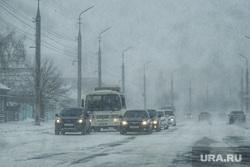 Метель. Курган, снег, ветер, непогода, метель, плохая погода, плохая видимость, туман