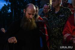 Крестный ход в Среднеуральском женском монастыре. Екатеринбург, силуан, келейник силуан