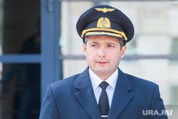 Пресс-конференция по аварийной посадке рейса U6178 в Подмосковье. Екатеринбург, юсупов дамир