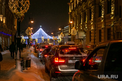 Вечерняя Москва. Москва, пробка, зима, лубянка, новогодняя елка, трафик, лубянская площадь, новый год, иллюминация