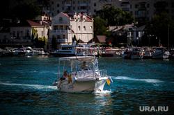 Отдых в Крыму, море, крым, балаклава, катер, лето, черное море, туристы