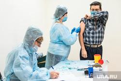Вакцинация от гриппа на областном рынке на Громова. Екатеринбург, прививка, вакцина, прививка от гриппа, вакцина от гриппа, вакцинация