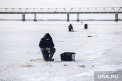 Клипарт. Сургут, рыбаки на льдине, рыбалка зимняя