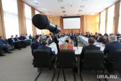 Врио губернатора Решетников в Кудымкаре. Пермь, совещание, микрофон