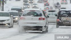 Снегопад, мороз, зима. Челябинск, снег, снегопад, зима, автотранспорт, улица воровского, мороз