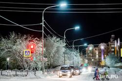 Виды Салехарда, снег, пешеходный переход, зима, арктика, город салехард, иней, мороз