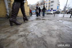 Осмотр качества уборки улиц Коробейниковым. Екатеринбург, гололед
