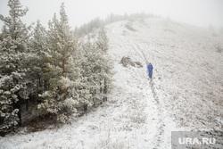 Туристический поход по хребту Нурали, Южный Урал, снег, зима, туризм, тропа, природа урала, нурали, турист одиночка, трикинг, горы