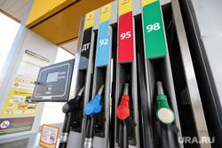 Рейд по АЗС со специалистами из лаборатории энергоэффективности. Курган, бензин, топливо, азс, заправка автомобиля