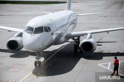 Аэропорт Кольцово во время пандемии коронавируса. Екатеринбург, аэропорт кольцово, эпидемия, газпром авиа
