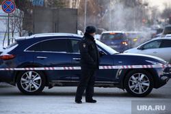Несанкционированный митинг в поддержку оппозиционера. Курган, автомобиль, полиция, ограничительная лента, машина
