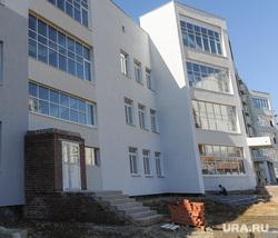 Посещение губернатором Борисом Дубровским площадки строящейся школы в микрорайоне Парковый. Челябинск, новая школа, стройка