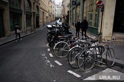 Виды Парижа. Франция, велосипеды, европа, улочка