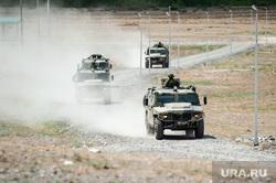 Учения горного мотострелкового соеденинения на полигоне Кара-Хаак. Республика Тыва, Кызыл, бронеавтомобиль тигр, военные учение, полигон кара хаак
