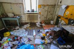 Аварийное жилье по ул. Дзержинского. Курган, мусор, аварийный дом, хлам, аварийное жилье, ул дзержинского