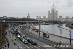 Виды Москвы, жилой дом, город москва, москворецкая набережная, дом на котельнической, жилая высотка, сталинская высотка