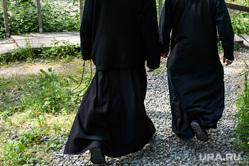Среднеуральский женский монастырь. Свердловская область, монастырь, монах, монахи, скит