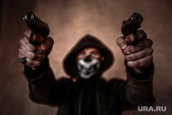Клипарт по теме Насилие. Москва, убийство, оружие, стрельба, пм, ограбление, ауе, криминал, преступление, бандитизм, разбой, братки, киллер, пистолет, макаров, разборки, стрелка, заказное убийство, наемный убийца, молодежные банды, по-македонски