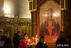 Ночное пасхальное богослужение в Кафедральном соборе. Магнитогорск, икона, церковь, церковная служба