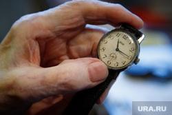 Долгожитель Дмитрий Юмин. 100 лет. Екатеринбург, старость, антиквариат, командирские часы, наручные часы, раритет, часы зик