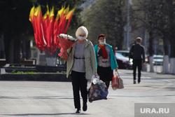 Город перед днем Победы. Курган, 9 мая, цветы, Жители города, флаги победы, украшение города к 9 мая