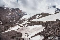 Кавказские горы в окрестностях Эльбруса, скалы, природа россии, природа кавказа, приэльбрусье, ледник кукуртли, туризм, горы