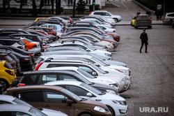 Екатеринбург во время режима самоизоляции по COVID-19, машины, эпидемия, автомобили, виды екатеринбурга, парковка