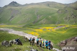 Кавказские горы в окрестностях Эльбруса, путешествие, поход, туристы, природа россии, природа кавказа, приэльбрусье, поляна эммануэля, кавказские горы, туризм, горы