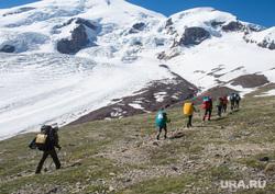 Кавказские горы в окрестностях Эльбруса, путешествие, поход, туристы, природа россии, природа кавказа, приэльбрусье, гора эльбрус, туризм, горы