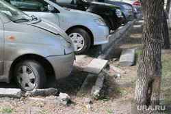 Депутатские комиссии гордумы по экономической политике и развитию городского хозяйства Курган, бордюр, парковка, разрушенный бордюр
