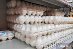 Сахар. Курган , яйца, полка магазинная, куриные яйца