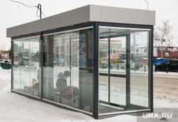 Город зимой. Сургут, остановочный комплекс, теплая остановка, остановочный павильон, остановка автобусная