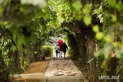 Ботанический сад. Екатеринбург, семья, природа, зеленая зона, дети, ботанический сад, зеленая аллея