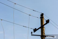 Пресс-тур с общественниками на Мечел. Челябинск, энергетика, электричество, столб с проводами, электрические провода