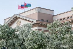Яблони цветут. Тюмень, правительство тюменской области, флаг тюменской области, весна, тюмень, яблони цветут, яблони, виды тюмени