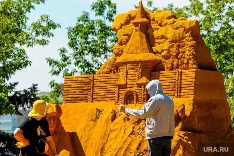 Фестиваль песочной скульптуры, посвященный 285-летию Челябинска. Челябинск