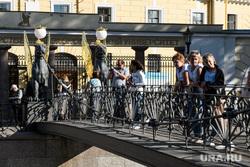Виды Санкт-Петербурга. Санкт-Петербург, банковский мост, город санкт-петербург