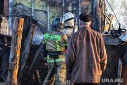 Тушение пожара  на улице Зои Космодемьянской. Курган, пожар, тушение пожара