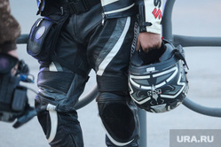 Авария с участием мотоциклистов. Курган, мотоциклист, дтп, мотоциклетный шлем, мотоцикл
