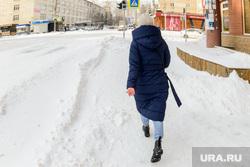 Снегопад. Челябинск, снег, пешеход, снегопад, зима, мороз