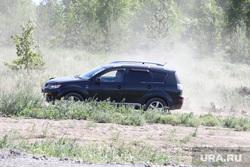 Обрушение надземного перехода на трассе Челябинск -Курган. Курган, машина, автомобиль, грунтовая дорога
