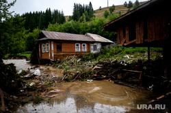Последствия паводка в городе Нижние Серги. Свердловская область, паводок, нижние серги, наводнение, потоп, режим чс