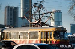 Общественный транспорт Екатеринбурга, трамвай, башня исеть, бц президент, правительство со