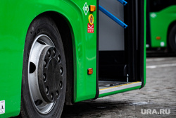 Передача новых автобусов, полученных Екатеринбургом в лизинг в рамках федеральной программы «Безопасные и качественные дороги». Екатеринбург, автобус, общественный транспорт, городской транспорт